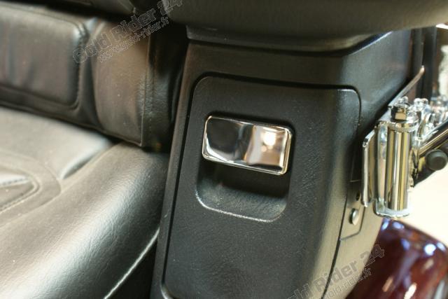 Chromes de vide-poches arrières