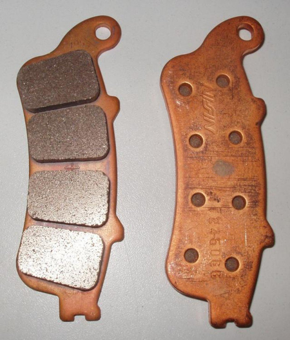 Installez les plaquettes de frein arrière compatible ps3