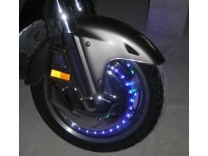 Eclairage personnalisé des couronnes lumineuses de caches disques